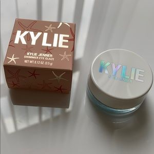 Kylie Cosmetics Aqua Mama Shimmer Eye Glaze